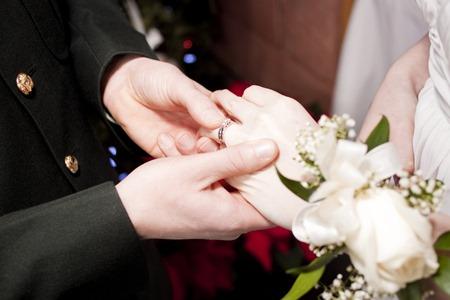 หนี้ของคู่สมรส คุณต้องชดใช้แทนหรือไม่